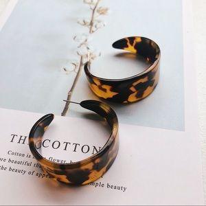 Jewelry - Resin Dark Tortoise Acrylic Half Hoop Earrings
